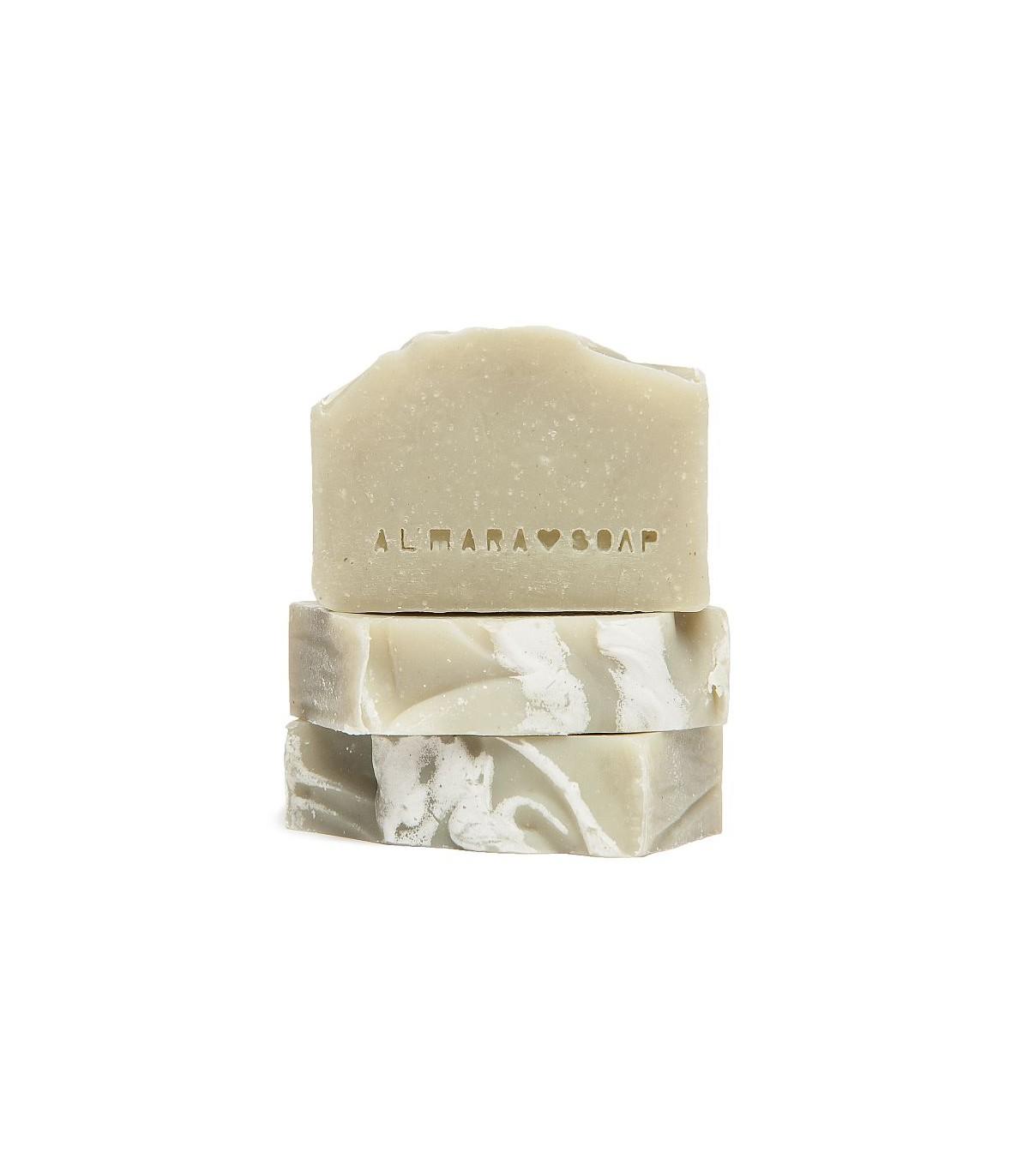 Macchie Di Unto Sulla Pelle sapone artigianale senza profumo