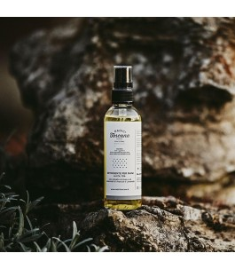 Ciaccione - Cleansing Hands with Alcohol - Tuscan Roots | Yumibio
