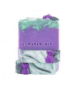 Handmade soap with lilac flowers-Almara Soap | Yumibio